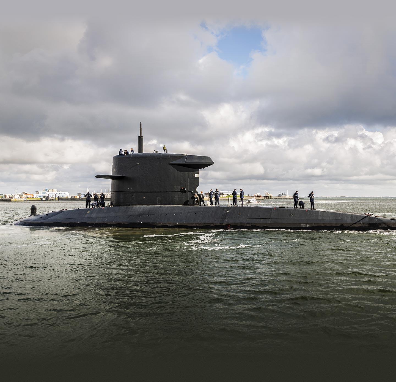 onderzeeër bij marinebasis